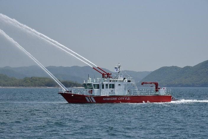 ツネイシクラフト&ファシリティーズ 川崎市消防局向け小型高速消防艇「うみかぜ」引渡